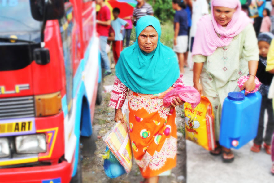 Armed conflict victims get relief assistance