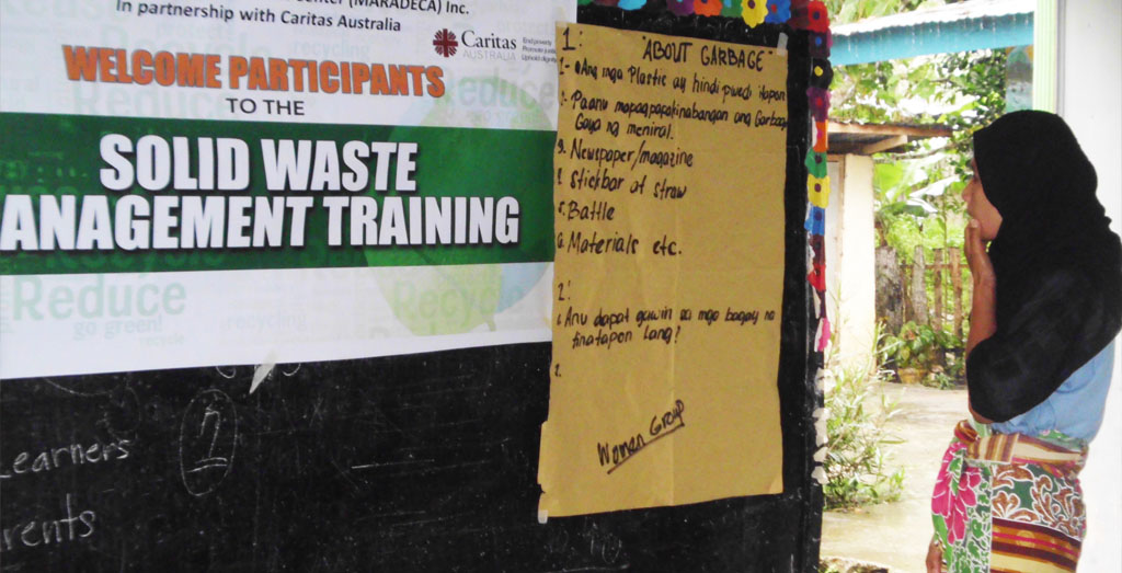 MARADECA trains Lanao residents to segregate trash