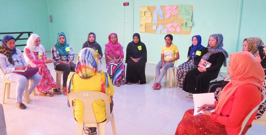 Volunteers train on psychosocial interventions for women and children
